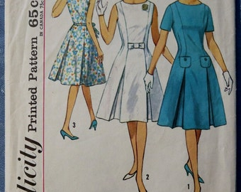 Vintage Womens Princess Line Dress Sewing Pattern Simplicity 4920 Sleeveless Short Sleeves Bow Inverted Pleats