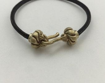 Beaded bails bracelet