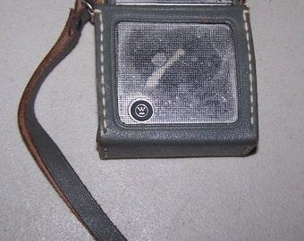 Vintage 1960's Westinghouse Portable Transistor Pocket Radio - Made In Japan