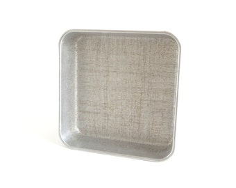 Square Cake Pan West Bend Aluminum 8 x 8 x 2 Vintage Bakeware Food Photography Prop