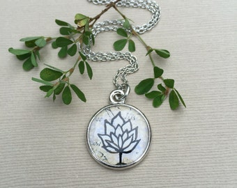 LOTUS FLOWER JEWELRY | Bloom Flower Illustrated Necklace | Silver Art Bloom Necklace
