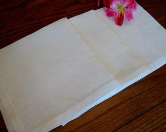White Linen Napkins Vintage Set of Four Lunch Napkins Luncheon Table Linens
