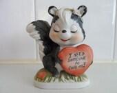Valentine Skunk figurine