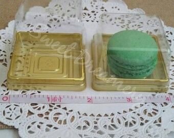 Macaron dessert containers