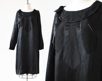 1920s Silk Dress / Silk Flapper Dress / Black 1920s Dress / Cutouts / 1920s Long Sleeve Dress / Jazz Age Dress / Small Medium / 40 Bust