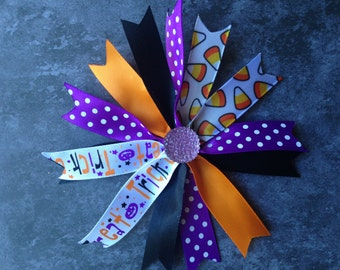 "Cute 4"" Trick or Treat Candy Corn Spike Bow"