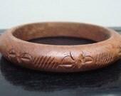 Vintage Hand Carved Wooden Bangle Bracelet - Wood jewelry -