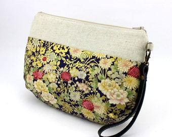 Wristlets, Anniversary Gift, Clutch Purse, Handmade Bag, Kimono Fabric, Kasa,Peony Purple