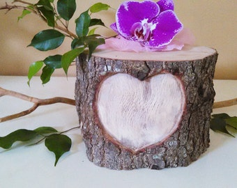 Heart Tree stump - Cake base - Rustic weddings - Wood heart - Heart carved tree - Wedding Centerpiece - Anniversary