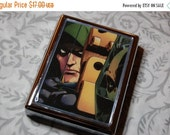 ON SALE Metal Wallet or Cigarette Case made from Upcycled Green Arrow Comic Book Artwork,