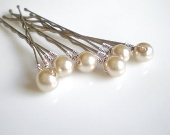 Taupe Pearl Hair Pins... Bridal Hair Pin Jewelry...  Bride Maid Gift. Shower Gift. Chic Prom. Flower Girl.