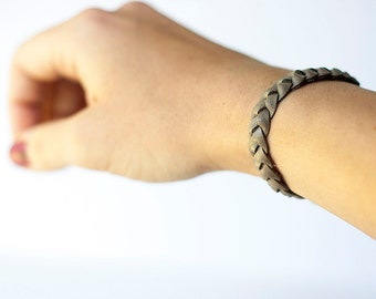 Braided Leather Bracelet / New England Gray