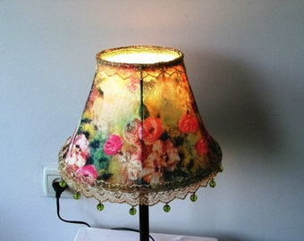 Lovely Bright Colorful Royal Floral Velvet Table Lamp With green crystal  Beads - Antique  and victorian Style