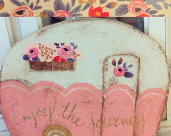 Retro camper cutout sign PINK with floral awning