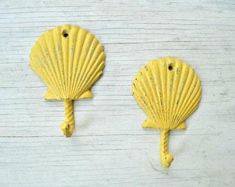 1 Cast Iron Shell Hook,Clam shell hook, Tropical Decor, Beach decor