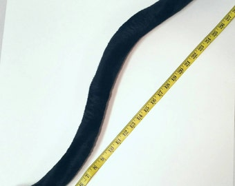 Long skinny cat tail