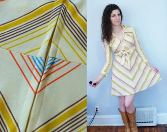 1970s Vintage Yellow Brown & Orange Chevron Striped Long Sleeve A-Line Fit and Flare Zip-Up Dress w/ Hood and Tie Belt / Small Medium S M 6