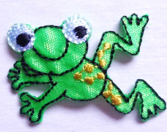 frog jumpink iron on applique