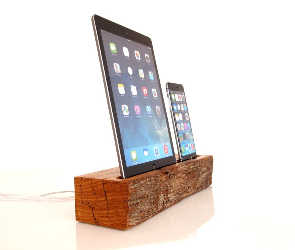 dual dock ipad air and iphone docking station iphone and. Black Bedroom Furniture Sets. Home Design Ideas