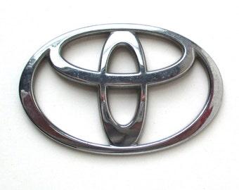 Chrome TOYOTA Emblem, car nameplate, custom car, automobile logo