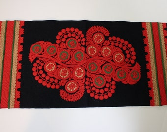 Vintage Hungarian Table Runner - Black and Red Felt with Green Trim - Embroidered Table Runer - Hungarian Folk Art