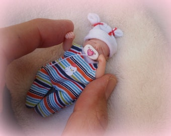 OOak miniature baby girl for Dollhouse 1:12 scale