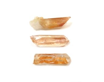 Tangerine Quartz Crystals 3 Raw Natural Points 20mm - 26mm x 6mm - 7mm Orange Natural Rough Stones for Wire Wrapping & Jewelry (Lot 1031)