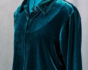 Womens vintage velvet shirt / long sleeve / green / blouse / small - medium
