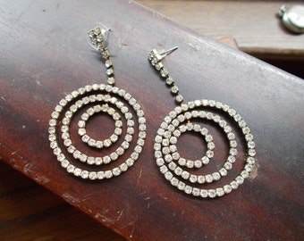 Beautiful Vintage Rhinestone Pierced Earrings