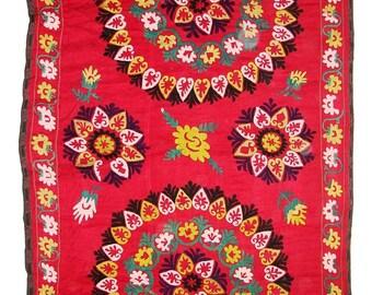 Suzani Wall Hanging, Handmade Vintage Suzani NL1359, Uzbek Suzani, Suzani Blanket, Suzani Tapestry, Suzani Bedding, Wall Art, Suzani Throw