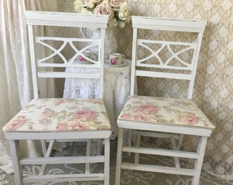 RESERVED Shabby Vintage Folding Chairs, Stakemore chairs, chippy distressed, wedding, seating, shabby cottage chic kitchen