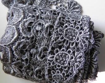 Wide Vintage Lace Trim