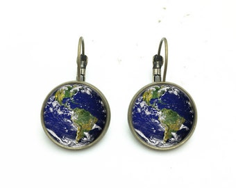 1 pair of 16mm Handmade Earth Glass Cabochon French Earwire Earrings