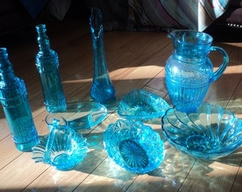 9 Vintage Pieces of Turquoise Aqua Blue Glass, A Collection of glassware all of which are in Very Good Condition with great lines and design