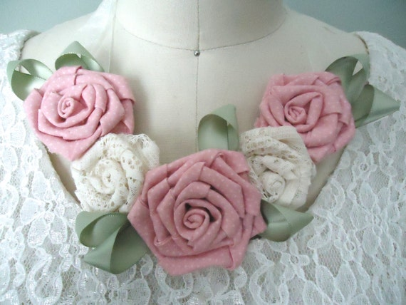 Country Wedding Flower Neckpieces, Bridesmaids Pink Flower Necklaces, Wedding Party, Shabby Chic Floral Fabric Statement Bib Necklace