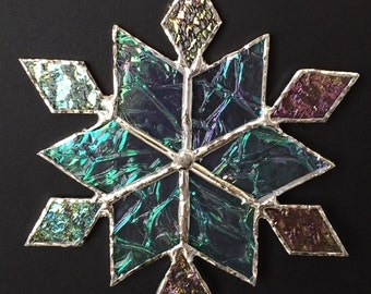 stained glass snowflake suncatcher (design 33C)