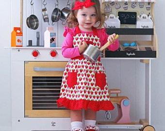 Strawberry Apron, Retro Style Apron, Children's Apron, Little Girl Apron, Cooking Apron, Toddler Apron, Girl Apron, Baking Apron, Kids Apron