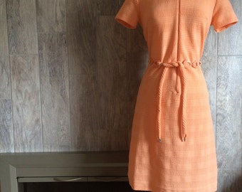 Vintage 1960s Lady Carol of New York Peach A line Zippered Front Dress with Matching Belt
