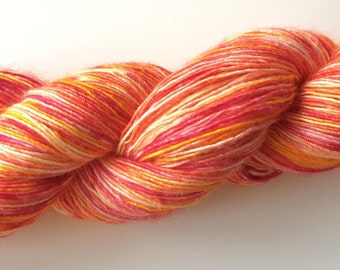 "Hand Dyed Single Merino Silk Yarn ""Yes, I Have That Cocktail"" 100g 400m Sock / Fingering"
