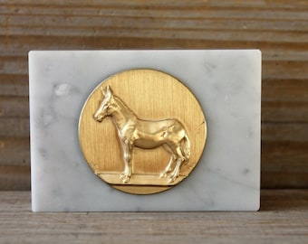 Mule marble vintage trophy paperweight / retro style home decor / retro desk decor / office decor / gold color donkey / fine marble base