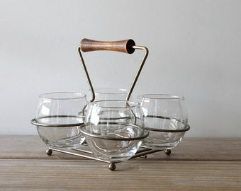 Retro vintage minimalist glass dish set / retro serving table decor / four glasses / retro wire caddy / vintage kitchen clear glass set