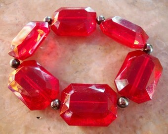 RUBY RED TRANSPARENT Faceted Gemstone Style July Girl Clear Transparent Lucite Stretch Expandable Bracelet