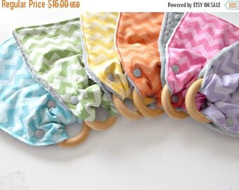 HALLOWEEN SPECIAL SALE Wooden Teething Toy - Teething Ring - Burp Cloth - Baby Shower Gift- Chevron Fabric