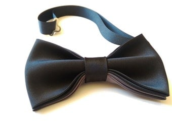 Unique matte satin men's black bow tie