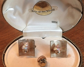 Rare Vintage 1961 Swank Arts of the World Venetian Man Cufflink Set