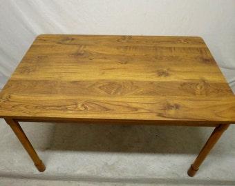 Retro Vintage Mid Century Modern Kitchen Table Dining Room Faux Wood Formica Top Teak Peg Legs Rectangular Top