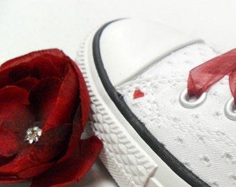 Crimson Red Flower Hair Clip, Pin-up Wedding, 1940s style cosplay Hair Flower Pin, Rockabilly Bride