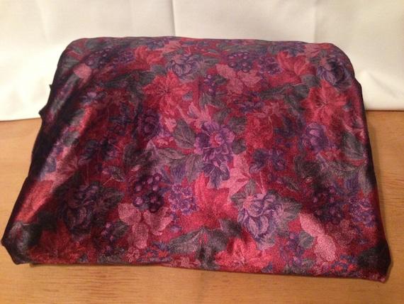 Burgundy Floral Velvet Cotton/Polyester Fabric F36