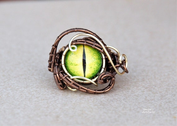 Green Serpent eye wire wrapped ring