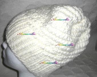 Berretto di lana, cappello, a maglia, knit, white, bianco, winter, inverno, yarn, modern style, handmade, annarella gioielli, hat, beanie